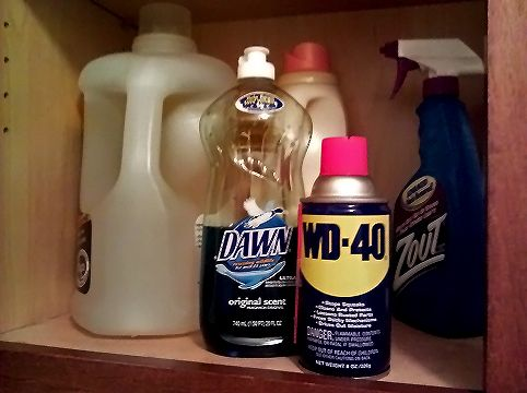 17 best ideas about grease stains on pinterest stains clean washer vinegar and ink stains - How to remove rust stains from clothes in a few easy steps ...