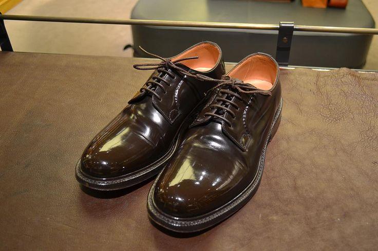 """Reposting @terashima_naoki: ... """"* _________________________________________ * 【shoeshine/church's】 * _________________________________________ * #shoes#leathershoes#churchs #shoepolish#shoeshine#shoecare #mirrorshine#mensshoes#nofilter #mensshoes * #靴磨き#京都靴磨き #寺島直希#路上靴磨き #鏡面磨き #靴磨きthewaythingsgo  #足元#足元倶楽部#足元くら部"""""""