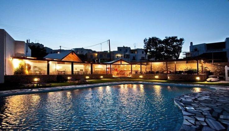 Aeolos Bay Hotel 5 λεπτά από την χώρα της Τήνου μόνο με 270€!