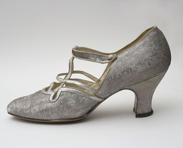 Silver brocade evening shoes with provenance, c.1923-1927