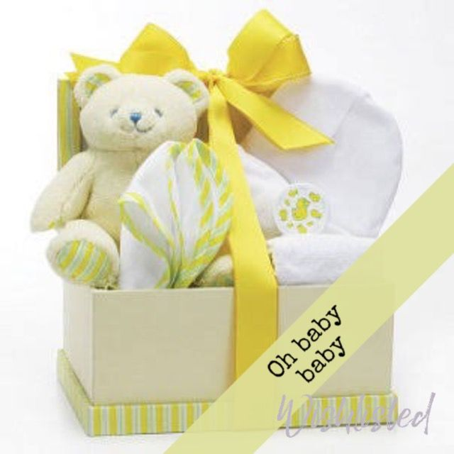 wishlisted_app Not sure if it's a #boy or #girl ? Go yellow or lime with this baby bundle from @bomiedesign #baby #babyshower #bundleofjoy #giftsforbaby #giftideas #wishlisted #mother