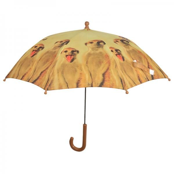 Egy afrikai kisállat mintás esernyőnek bármelyik gyerek örülne. Nem csak a színes figurák, hanem az esernyő biztonságos használata is megjelenik.