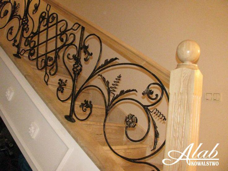 Schody drewniane/ balustrada kuta / pochwyt drewniany