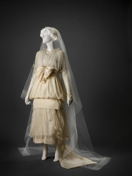 1915, America - Wedding Dress: Dress, Veil, Shoes and Ribbon - Silk, netting, lace, beads, leather