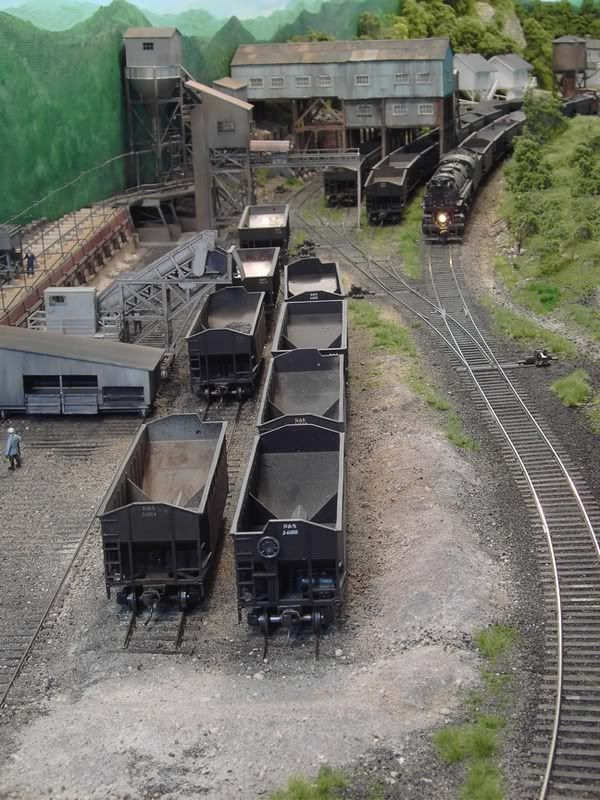 """Jeff Kraker explains his """"less is more"""" theory - Model Railroader Magazine - Model Railroading, Model Trains, Reviews, Track Plans, and Forums #lionelhotrains"""