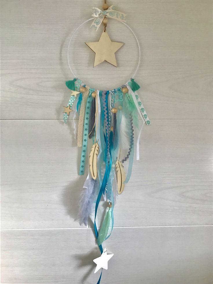 Attrape-rêves étoiles, vert d'eau, plumes, bois : Décoration pour enfants par les-etoiles-de-julian