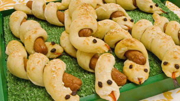 Curly Hotdog Snakes