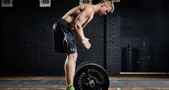 Un programme sur 8 semaines avec 3 séances hebdomadaires. C'est par ici. Objectifs: Construire du muscle et brûler du gras!