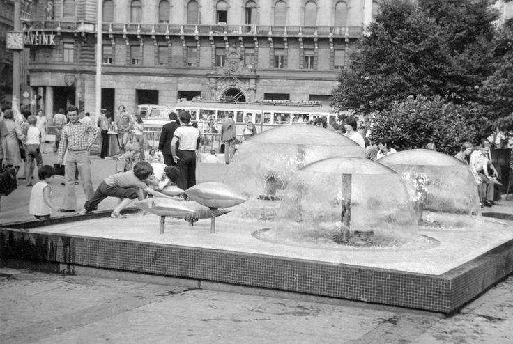 Blaha Lujza tér, a hetvenes években.