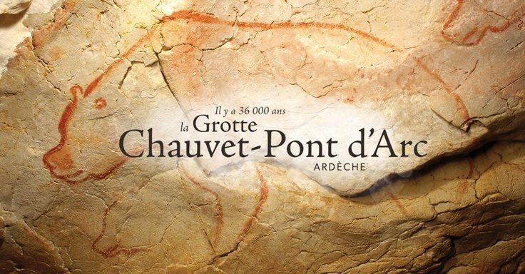 Au travers d'une visite virtuelle, de récits et de médias interactifs, découvrez la grotte et son histoire vieille de 36 000 ans.