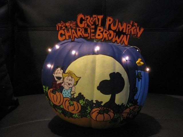 Charlie Brown Pumpkin - OCCASIONS AND HOLIDAYS