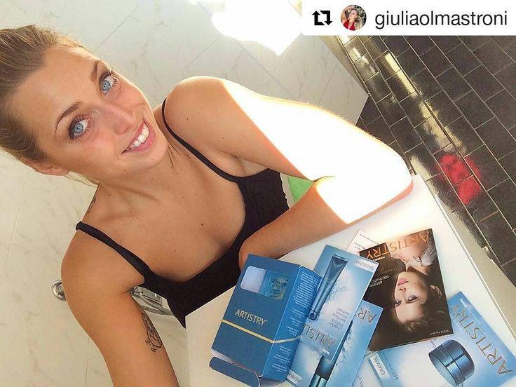 #Repost @giuliaolmastroni with @repostapp  Grazie @artistrybeauty.me adesso non dovrò più preoccuparmi per la mia pelle  .....................  Sappiamo che sei nuotatrice professionista e cercavi una soluzione al cloro che secca e aggredisce la tua pelle. Grazie a Te Giulia per affidato la cura della tua pelle ad #Artistry  Hydra-V di Artistry  è l'unica linea #skicare di creme di prestigio al mondo a garantire un'idratazione profonda per ben 24h ..non avrai MAI più problemi…