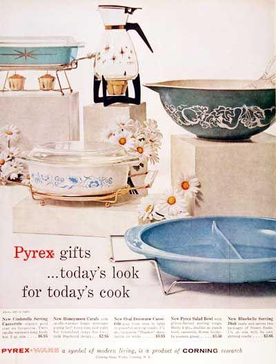 1960 Pyrex Cookware original vintage advertisement.