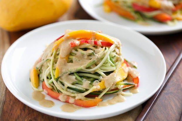 KoloDIY Food: Овощная лапша со сливочно-имбирным соусом и манго