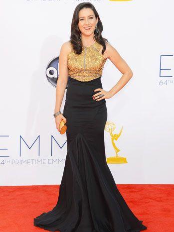 Shannon Woodward in Gabriela Cadena at the 2012 Emmy Awards.