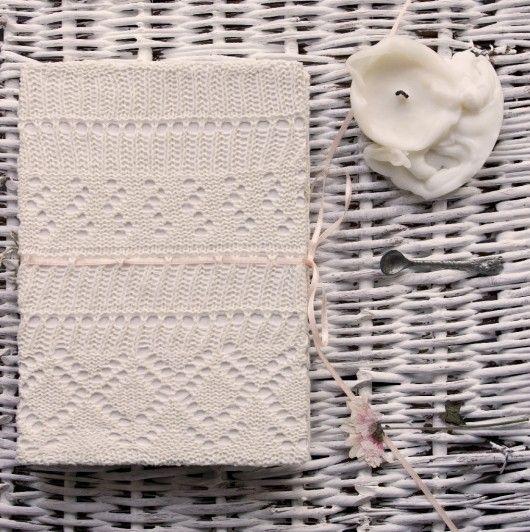 Notatnik, szkicownik, pamiętnik w sweterku