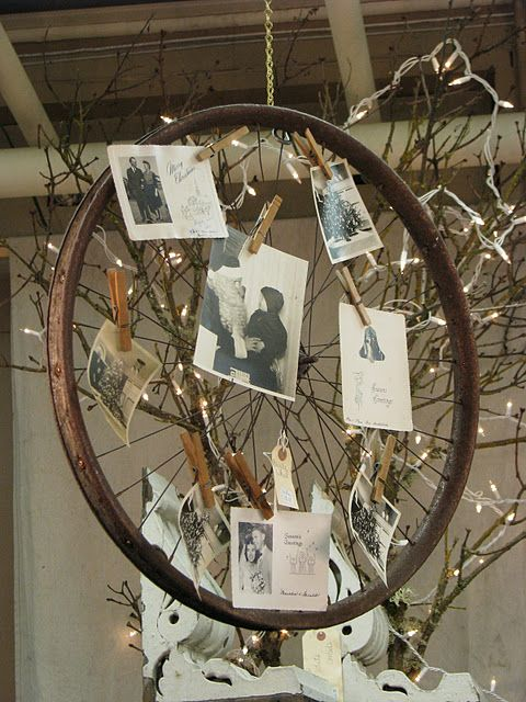 Old bicycle wheel as card display - but some cute tags would make an awesome advent calendar!