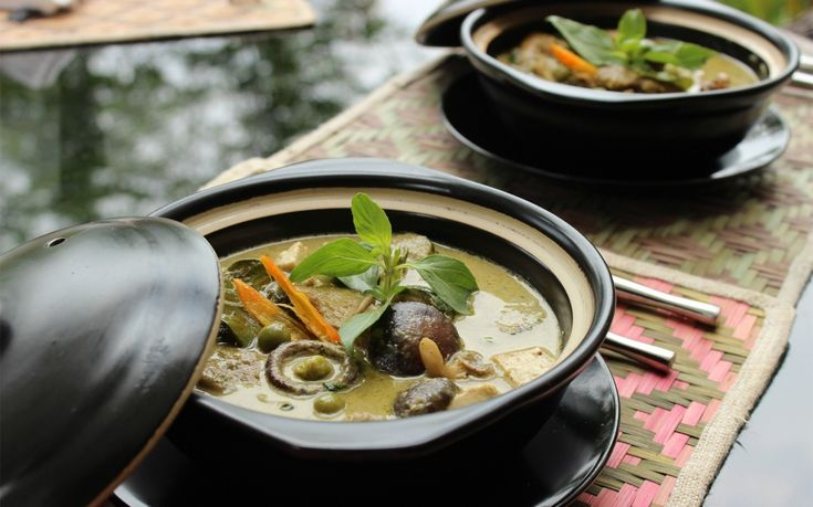 From Laotian coffee to night market specialties, here's how to eat like a local in Luang Prabang.