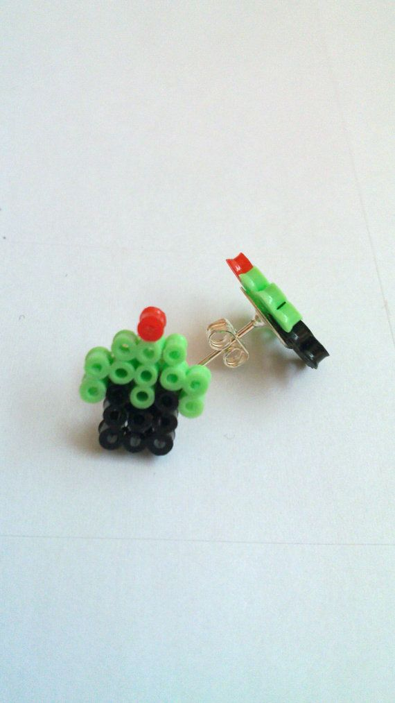 Mint cupcake earrings ;D (Mini hama beads)