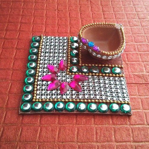 Decorative Kundan Diya Plate Sq - Online Shopping for Diyas and Lights by Dipti Art & Craft