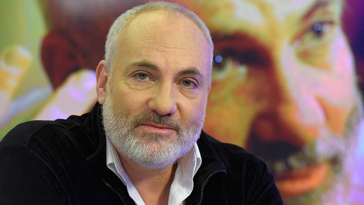 """English interview on Hebrew news channel  whith actor Kim Bodnia, playing Martin Rohde in """"the bridge"""", about why he was not playing in the third series anymore. He said, if he have had any hesitation about leaving, the decision was made easier by anti-Jewish developments in Sweden's third-largest city Malmo. So sad this is happening...."""