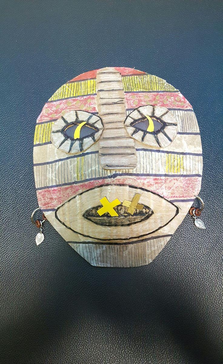 Paper mache mask Okonkwo - Things fall apart