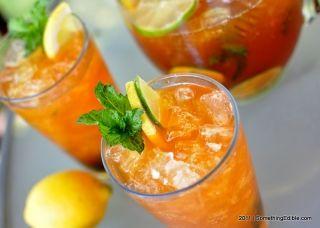 Bourbon Whiskey Iced Tea RecipeTeas Recipe, Bourbon Whiskey, Bourbon Ice, Sweets Teas, Summer Refreshing, Iced Tea, Whiskey Ice, Drinks, Ice Teas