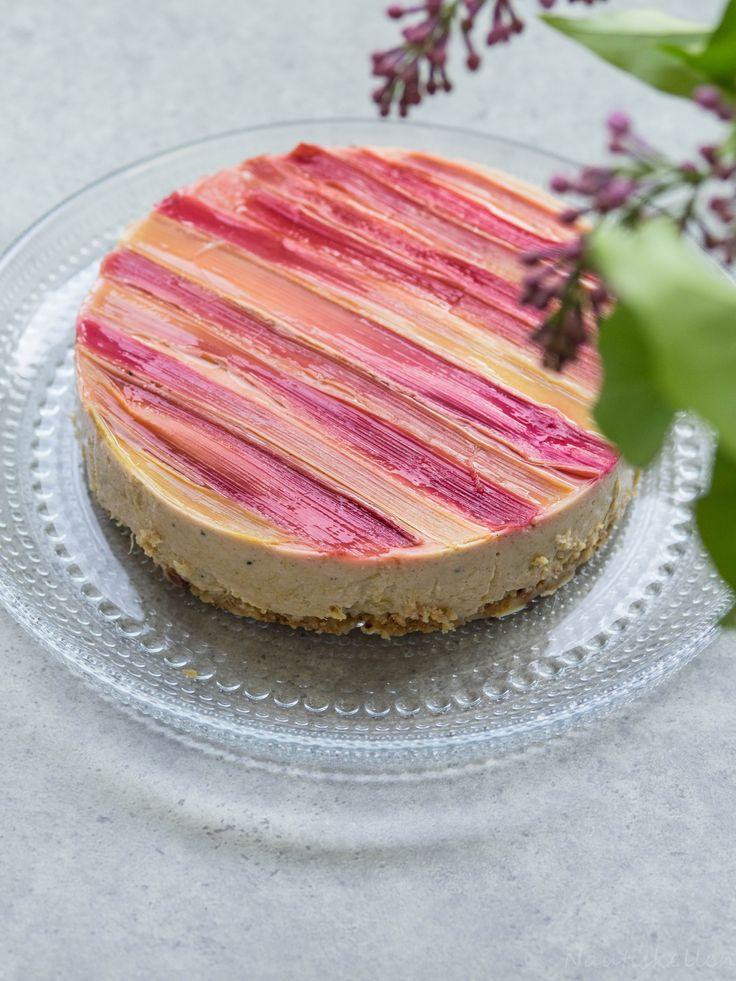 Raparperijuustokakku, rhubarb cheesecake