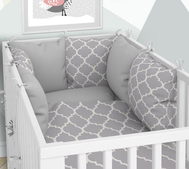 Babybett Wasche Und Kissen Nestchen Sechs Kissen Babybett