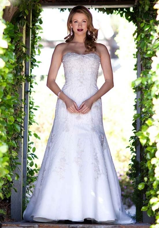 Kenneth Wilson Gown Size 14 now available Inventory #22914_SOLD