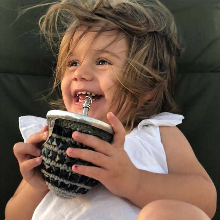 Hablemos de cancherituddd! Elu no podes más!  Gracias siempre @faltaenvido @mawiodr     #handmade #hechoamano #crochet #mate #mates #tomamate #matecitos #matecito #picoftheday #elisa #potra #linda #children #childhood #baby #knitting #knit #tejido #tachas #rockstar #rock #design #diseño #argentina #niñez #infanciafeliz #felicidad #enjoy #enyoinglife #happytimes#apykahome @apykastore