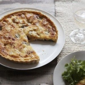 Rich red onion cheese quiche recipe - Woman And Home | Mobile