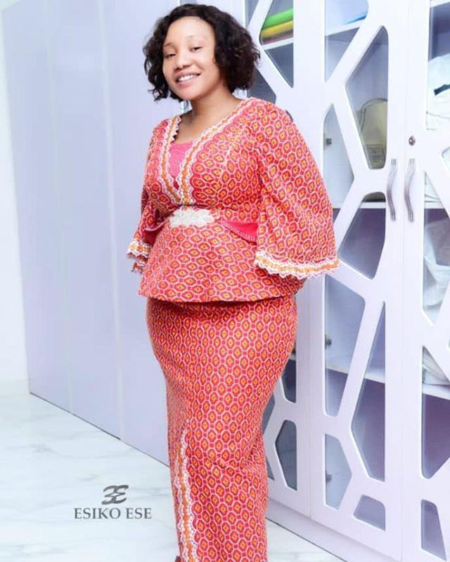 Latest Ankara Skirt and Blouse Styles 2019 5