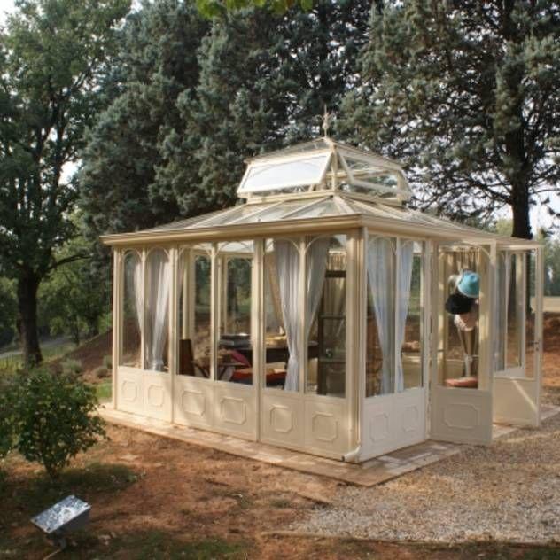 (M, I'm ordering one of these for each of us, ha!) .. giardino d'inverno per VENDITA PRODOTTI : Giardino d'inverno in stile classico di Cagis