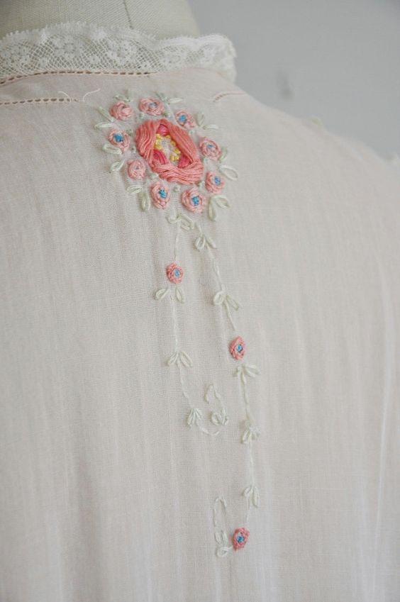 vintage antique 1920s lingerie dress gown / rare 20s pink cotton lace lingerie g…  – Вышивка