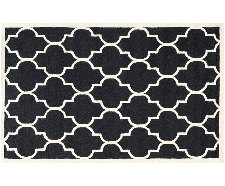 Express in den Orient: Dieser feine Teppich entführt Sie optisch auf eine Reise in das ferne Morgenland. Träumen Sie nicht länger von pulsierenden Basars und exotischen Gärten, sondern entscheiden Sie sich für Teppich JIVAN. Das Modell ist aus 100% Wolle handgetuftet und sorgt für wunderbare Weichheit auf nackten Sohlen. Gönnen Sie sich diesen Teppich mit typisch marokkanischer Musterung. Zusätzliches Plus: Der Teppich eignet sich auch bei Fußbodenheizung.