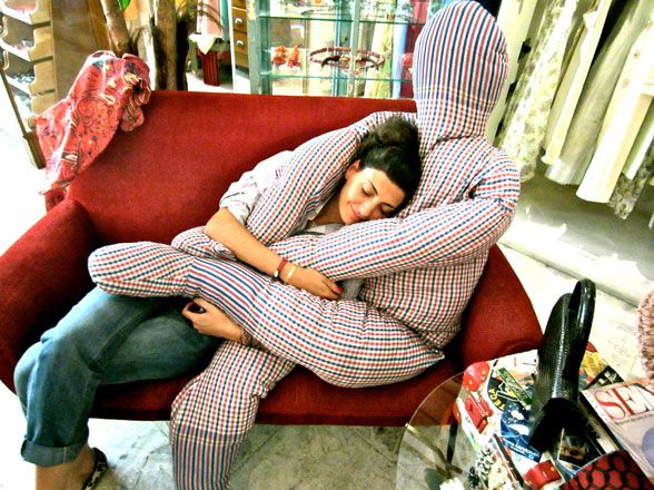 Giovanna gets comfy in one of her favorite vintage stores in Milan.Ideas, Forever, Stuff, Cuddling, Boyfriends Pillows, Funny, Pillows Boyfriends, Humor, Things