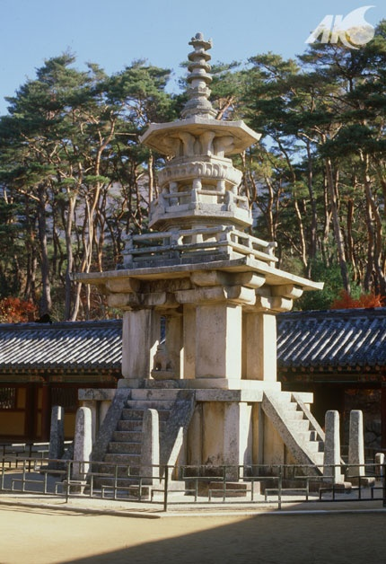 [Middle Ages-Unified Silla Southern and Northern Kingdoms Period(Unified Silla)] Dabotap (Pagoda of Prabhutaratna) in Bulguksa Temple