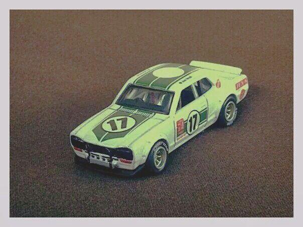Hotwheels - Nissan Skyline 2000 GT-R 2