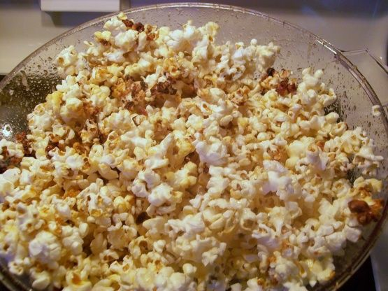 I LOVE kettle corn, and after much experimentation, I have created the perfect recipe for home-made kettle corn by using my favorite popcorn-making device-the Stir Crazy Popcorn Popper.
