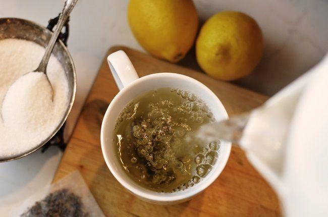 Zelený čaj s kokosovým olejom - dodáva energiu a podporuje chudnutie