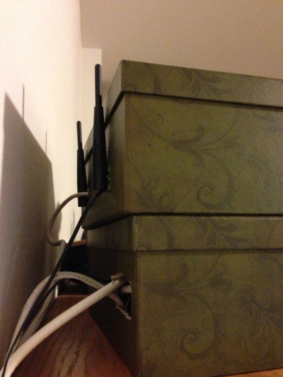 Cheap hideout for a wifi router.