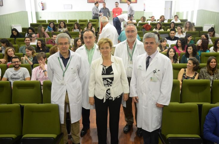 El hospital incorpora desde hoy treinta y tres MIR para formarlos en su especialización