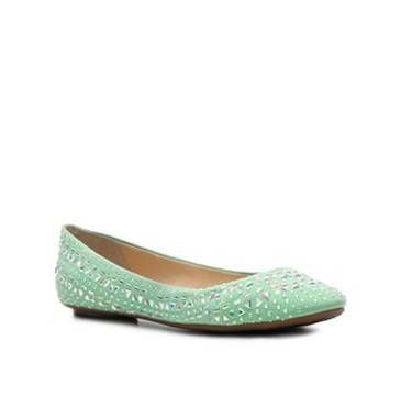 mint green wedding shoes! How perfect are these shoes!
