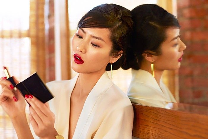 Exclusive: Liu Wen Models 3 Stunning Beauty Looks for Estée Lauder via @ByrdieBeauty