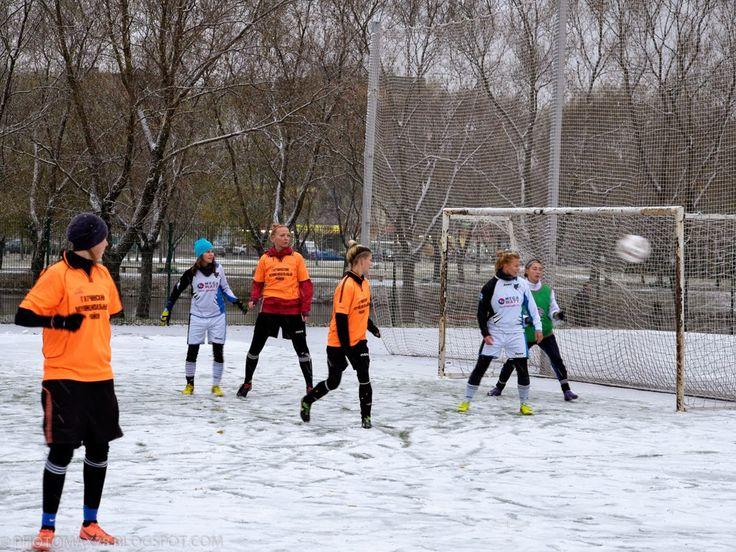 Alexandr Maximov: Женский футбол
