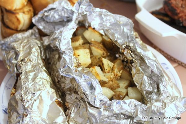 Grilled Potato Packets with Garlic and Thyme - * THE COUNTRY CHIC COTTAGE (DIY, Home Decor, Crafts, Farmhouse)