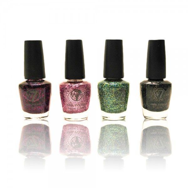 Super flotte glimmer neglelakker, med flot dækkeevne. Vælg mellem 4 glitrende farver. Indhold: 15 ml.