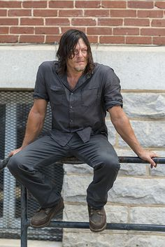 The Walking Dead Season 7B Episode 10 'New Best Friends' - Daryl Dixon (Norman Reedus) at the Kingdom. Daryl remained behind after Rick Grimes and the group told him it was safer to stay there so that Negan and his Saviors wouldn't find him. | The Walking Dead