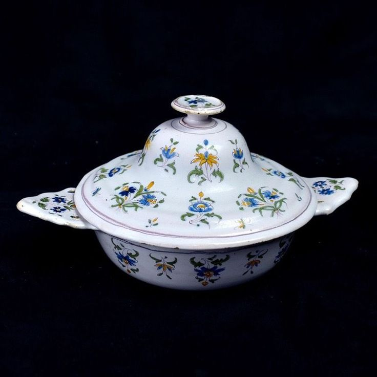 Moustiers ecuelle fa ence 18 me petits bouquets faience for Albert tremblay meuble circulaire